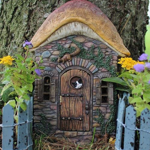Kittens Corner Fairy Door with hinged door